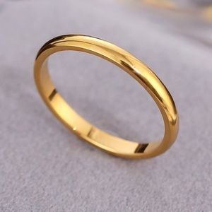NEW Simple Gold Tone 2mm stackable band ring